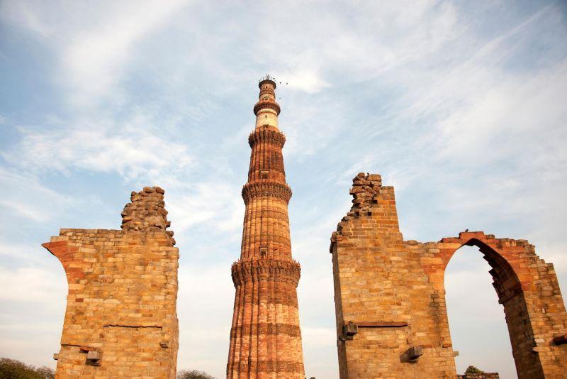 One Day Gurugram to Delhi Trip by Car