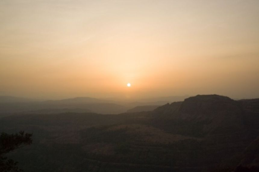 Stunning Sunset Point w/ 1 Day Lonavala Local Sightseeing Tour by Car