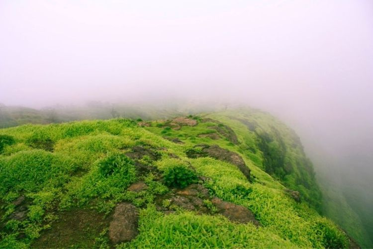 Visit Duke's Nose Point w/ One Day Lonavala Sightseeing Tour by Taxi