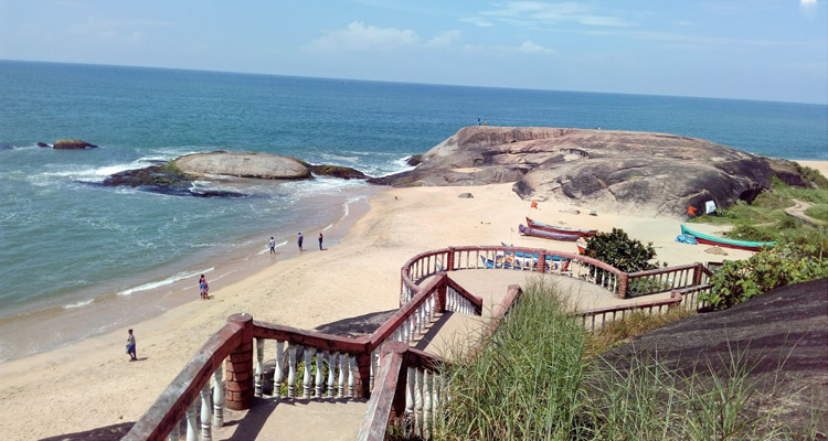 1 Day Mangalore Local Sightseeing Tour by Cab Someshwara Beach