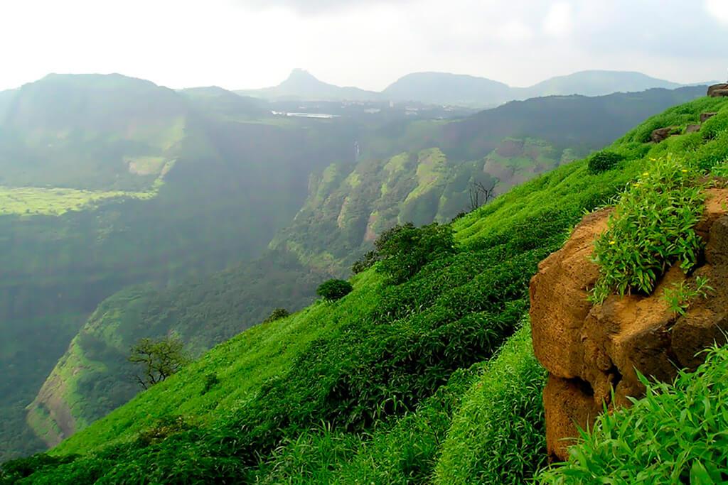 1 Day Mumbai to Lonavala Trip by Car