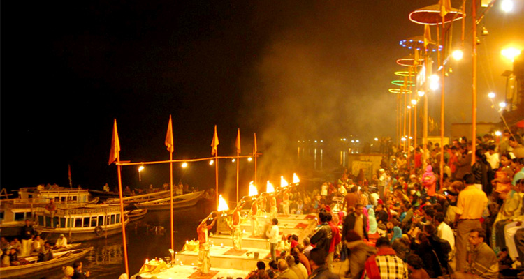 1 Day Varanasi Local Sightseeing Tour by Cab Ganga Aarti