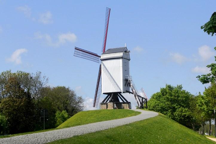 Kruisvest windmills, Bruges