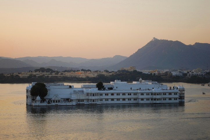 Lake Pichola in the Evening, Udaipur