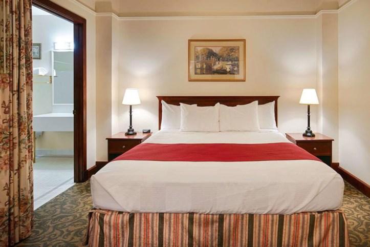 Best Western Plus Pioneer Square Hotel Room