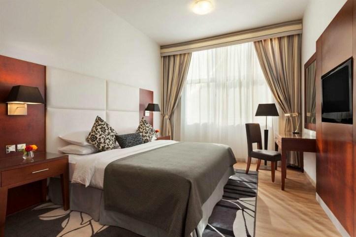 Ramada Hotel & Suites Sharjah Room