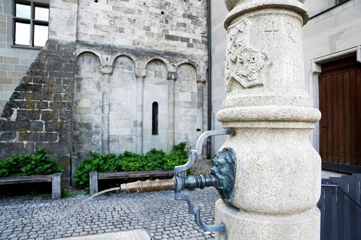 Fountain, Zurich