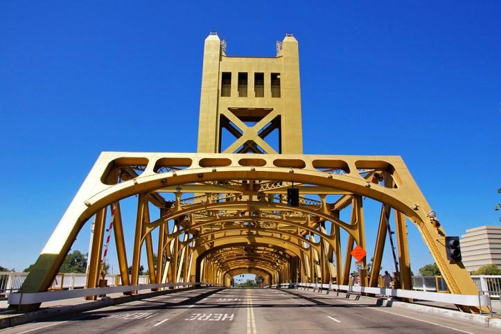 Tower Bridge, Sacramento