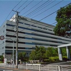 フジクラ本社ビル(かつて、この一帯に藤倉電線深川工場があった)