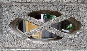 透かしブロック