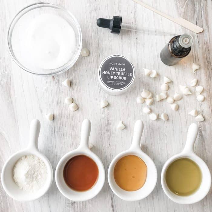 lip scrub ingredients vanilla, honey, sugar, white chocolate, tangerine essential oil