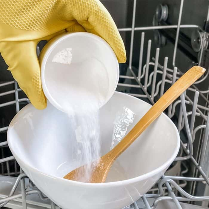 adding citric acid to bowl