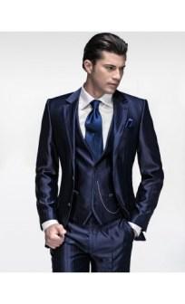 Kék öltöny , Blue suit by Ottavio Nuccio Gala Forrás: http://www.ottavionuccio.com