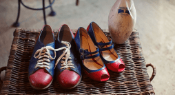 Esküvői bowling cipők /Wedding bowling shoes Forrás:http://www.chelsaskees.com