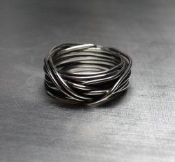 Ezüst drót gyűrű , Sterling silver wire band Forrás:http://www.etsy.com