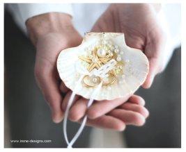 Wedding ring bearer pillow alternatives 20 Forrás:http://www.etsy.com