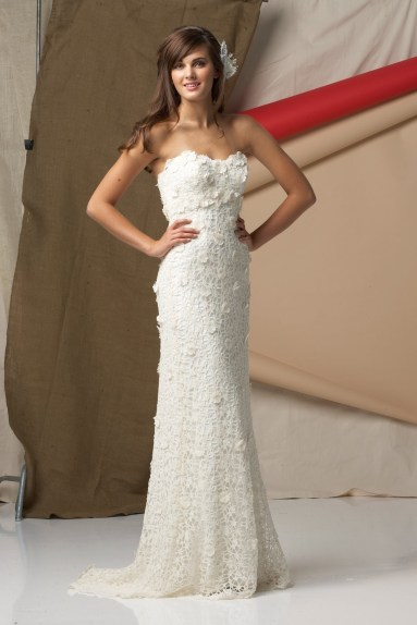 Horgolt menyasszonyi ruha 3/ Crocheted wedding dress 3 Forrás:http://www.weddingdressesmall.co.uk