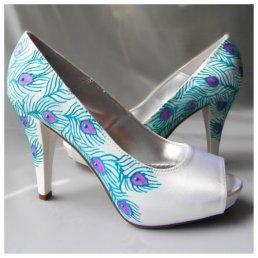 Pávás menyasszonyi cipő Peacock bridal shoes Forrás:http://www.etsy.com