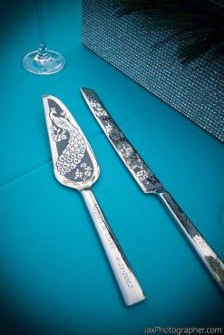 Pávás tortaszervírozó szett, Peacock wedding cake server and knife Forrás:http://www.etsy.com