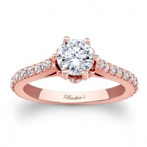 Rózsaszín arany eljegyzési gyűrű / Rose gold engagement ring Forrás:http://www.barkevs.com