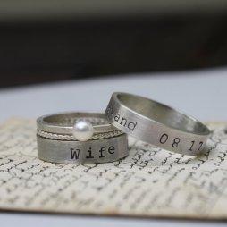 Személyre szabott ezüst gyűrű , Personalized silver bands Forrás:http://www.etsy.com