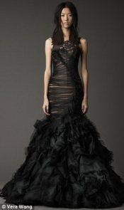 Vera Wang fekete menyasszonyi ruha 3 , Black Wedding Gown by Vera Wang 3 Forrás:http://www.stylegenie.co