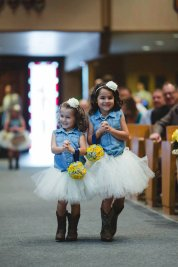 Country tütü virágszirom szóró lányka ruha ,Country tutu flower girl dress Forrás:http://www.etsy.com/