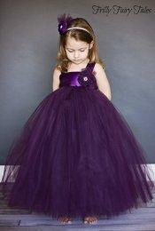 Lila tütü virágszirom szóró lányka ruha ,Purple tutu flower girl dress Forrás:http://www.etsy.com/