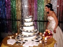 Szilveszteri menyasszonyi torta 2, New Years Eve Wedding cake 2 Forrás:indulgy.com