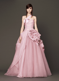 Vera Wang 2014 Fall Pink bridal collection 2 Forrás:http://www.verawang.com