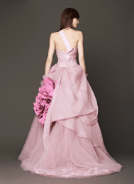 Vera Wang 2014 Fall Pink bridal collection 2a Forrás:http://www.verawang.com