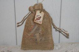 Zsákvászon köszönetajándék csomagoló , Burlap wedding favors bag Forrás:www.etsy.com