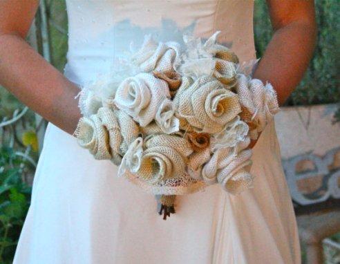 Zsákvászon-virág menyasszonyi csokor , Burlap flower bridal bouquet Forrás:www.etsy.com