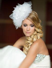 Fonott menyasszonyi frizura 13, Bridal hair braids 13 Forrás:www.elstile.ru