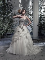 Ian Stuart Frill Me Collection Amalfi Forrás:http://www.ianstuart-bride.com/