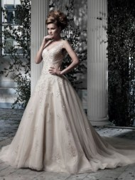 Ian Stuart Frill Me Collection Everdina Forrás:http://www.ianstuart-bride.com/