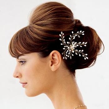 Menyasszonyi frizura ,hosszú barna hajból 3 , Bridal long brown hair 3 Forrás:http://emersonsalon.com