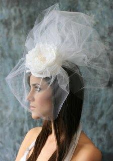 Menyasszonyi kalap 5, Bridal hat 5 Forrás:www.etsy.com