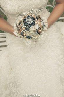 Gombos menyasszonyi csokor 9, Button bridal bouquet 9 Forrás: www.etsy.com