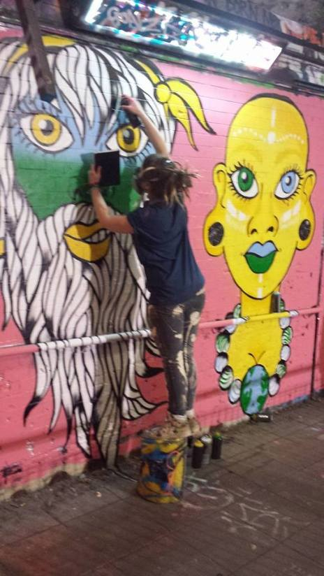 Moze painting at The Femme Fierce All Female Leake Street Takeover