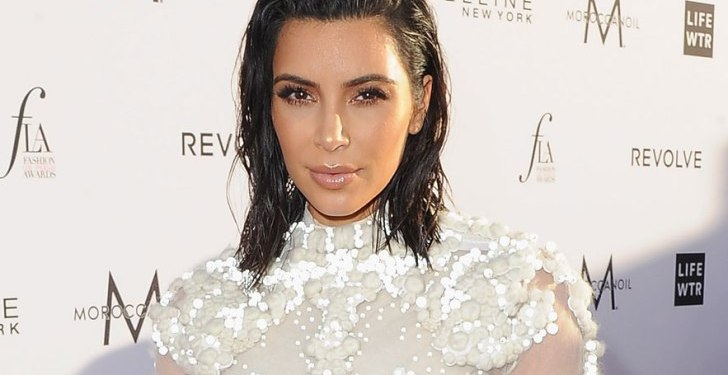 PHOTOS: Kim Kardashian Makes Her Return to the Red Carpet Wearing a Very Familiar Looking Dress