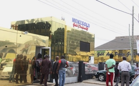 Menzgold customers are not able to retrieve their monies after SEC halted its operations