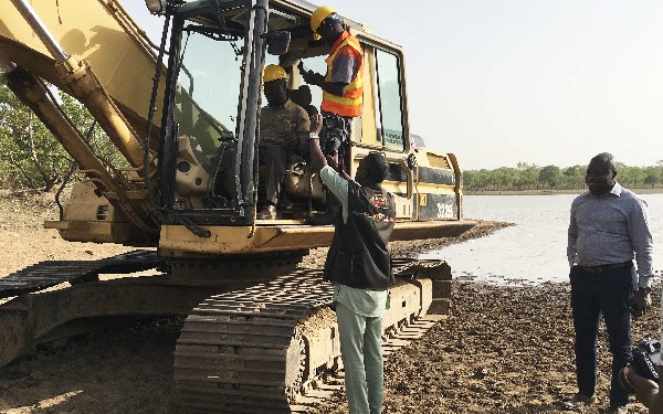 Minister for Environment, Prof. Frimpong-Boateng commissioning the dams