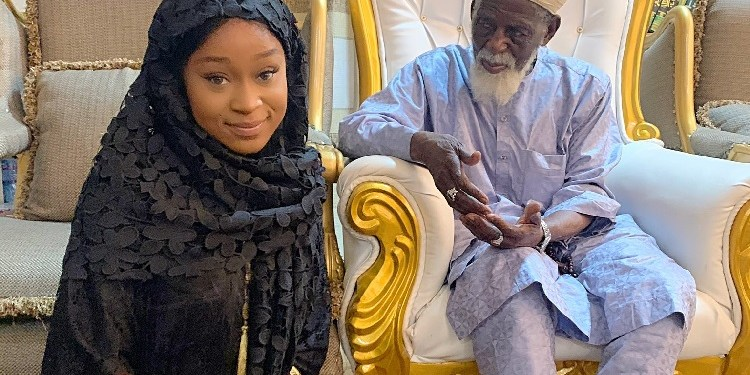 Efia Odo visited the  Chief Imam of Ghana, Dr. Sheikh Osman Nuhu Shrabutu