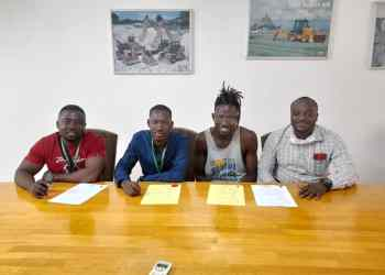 Blogger Emmanuel Owusu of Getinfo Media signed one-year distribution and management contract with Berlyn