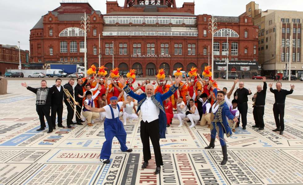 day trip round up group picture of performers for the blackpool tower circus