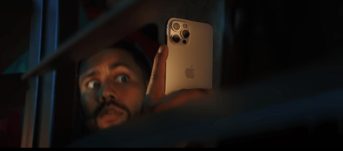 Apple iPhone 12廣告二連發!強調夜拍與搜尋功能
