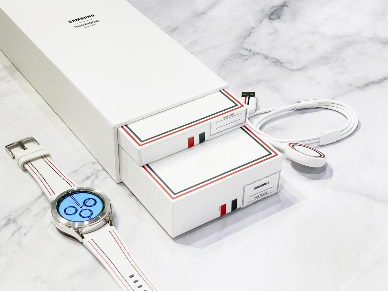三星Galaxy Watch4 Classic Thom Browne限量版開箱動手玩