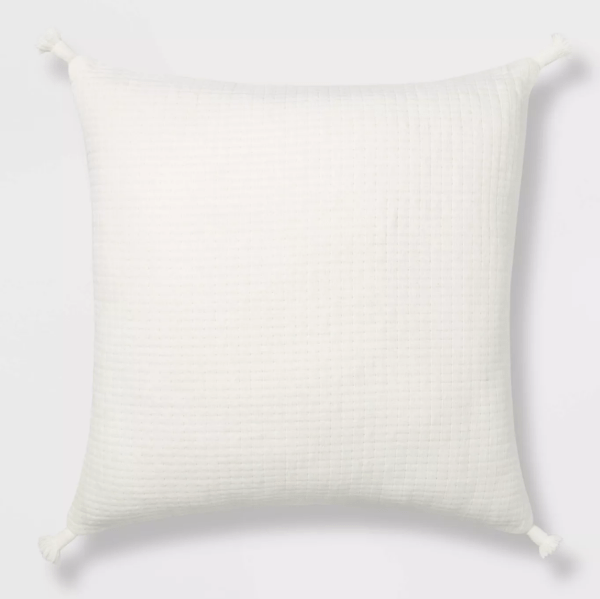 tasseled-throw-pillow