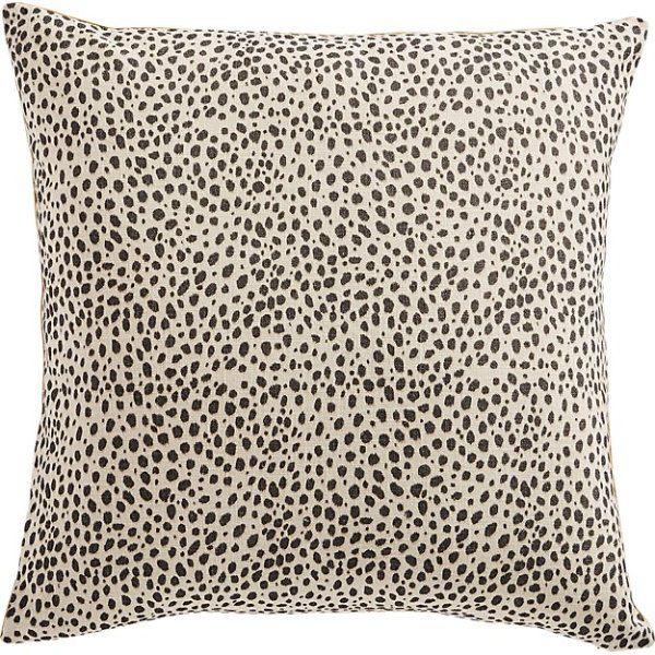 nahla-cheetah-pillow